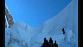 Download Khumbu Ice fall on Everest .wmv Video
