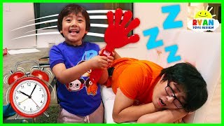 Download Ryan Pretend Play Waking Up Daddy with Musical Instruments and sing songs for Kids! Video