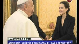 Download Canal 26 - Angelina Jolie se reunió con el papa Francisco Video