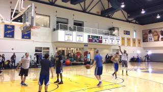 Download Kevin Durant and Stephen Curry shooting 3s together after Warriors (66-15) practice, day b4 Lakers Video