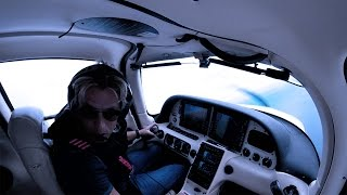 Download Cirrus SR22 - Real Emergency Over the Ocean Inside a TFR Video