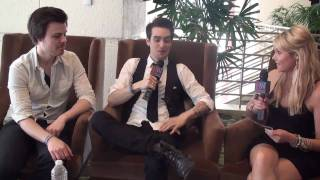 Download 20 Questions With Panic! At The Disco's Brendon Urie & Spencer Smith - Hollywire Hot Seat Video