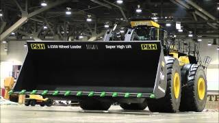 Download The biggest heavy equipment in the World. Video