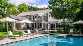 Download Modern Retreat in East Hampton, New York Video