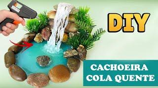 Download DIY: CACHOEIRA MINIATURA - HOT GLUE WATERFALL TUTORIAL Video