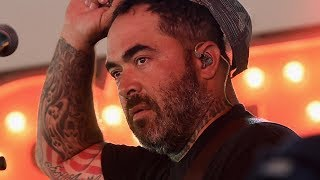 Download Aaron Lewis Slams Modern Country Singers for 'Choking' Country Music Video