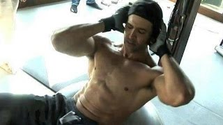 Download Hrithik Roshan Workout In Gym Dedication Video