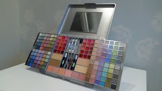 Download Claire's Silver Mega Make Up Cosmetic Set Video