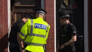 Download Officials hunt for possible accomplices in Manchester suicide bombing Video