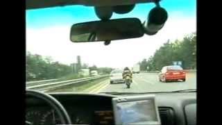 Download Aprilia RSV 1000 vs. Polizei Video