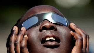 Download How to observe the solar eclipse Video