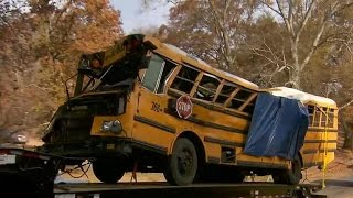 Download Driver charged in deadly Tennessee school bus crash Video