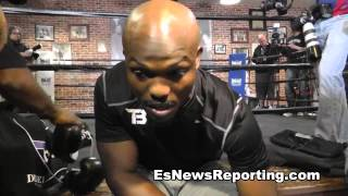 Download tim bradley on wearing pacquiao shoes i just hope i dont fall - EsNews Boxing Video