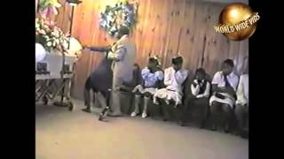 Download Black Lady Goes Crazy At Funeral Video