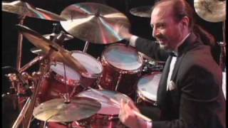 Download Marvin ″Smitty″ Smith and Steve Smith - Drum Solo Duet (HQ) Video