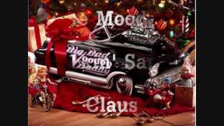 Download The Moods - Rockin' Santa Claus Video