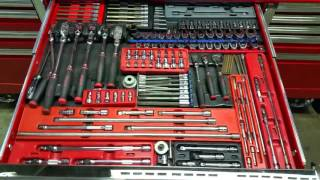 Download Snap on 84 inch epiq tool box tour Video