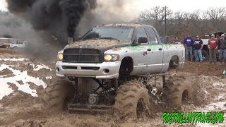Download BIG MUD TRUCKS BATTLE!! DODGE VS CHEVY!!! Video