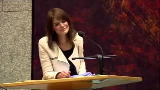 Download Barbara Visser (VVD) gedold door Carola Schouten (CU) Video