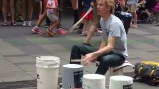 Download ″Gordo″ The Fastest Bucket Drummer I Pitt Street Mall Sydney Video