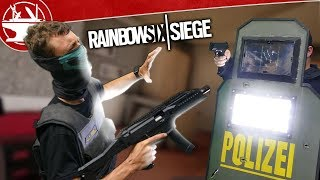 Download Real Life Blitz Shield is BRIGHTER THAN THE SUN! (from R6 Siege) Video