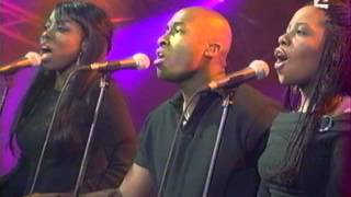 Download Alicia Keys Oumou Sangare Fallin' Video