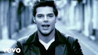 Download Ricky Martin - María (Video (Spanglish) (Remastered)) Video