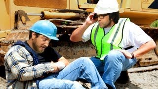 Download Idiot on a Construction Site Video