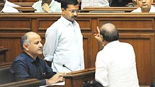 Download Arvind Kejriwal VS Vijender Gupta in Delhi Assembly Video