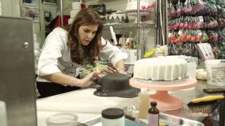 Download The New York City Tiered Cake Challenge Video
