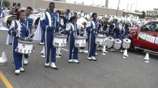 Download Anniston vs Westlake High - Drumline Battle - 2015 Magic City Classic MCC Parade Video