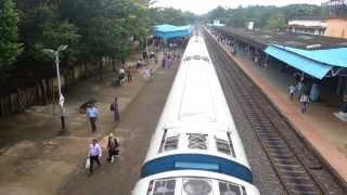 Download Vadakara Railway Station Rush hour Video
