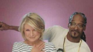 Download Martha Stewart on Snoop Dogg's cooking skills Video