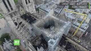 Download Notre-Dame : les images stupéfiantes des dégâts causés par l'incendie vus par drone Video