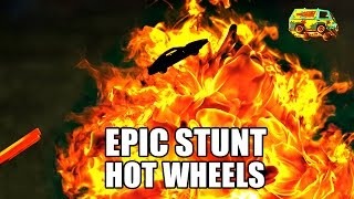 Download Hot Wheels STUNT RACE- Slow Mo (2500 FPS) Video