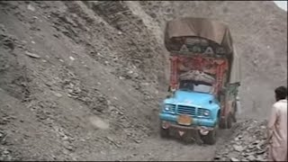 Download Pakistan, mountain top highway (full documentary) Video