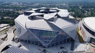 Download The Atlanta Falcons' Revolutionary New Stadium Is Unlike Any Other You've Seen Video