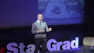 Download Možemo li kriviti oglašivače za stereotipe?   Vedran Peršić   TEDxStariGrad Video