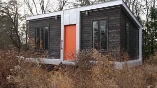 Download This Modern 227 Square Foot Charles Eames-style tiny house has it all! Video