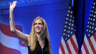 Download Bernie Sanders supports Ann Coulter's right to speak Video
