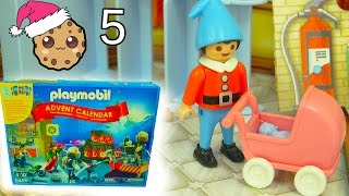 Download New Baby? - Playmobil Holiday Christmas Advent Calendar - Toy Surprise Blind Bags Day 5 Video
