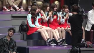 Download 161202 MAMA 여자아이 (여자친구+아이오아이) 가수 대기석 영상 Video