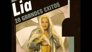 Download Lia Crucet - Capullo y Sorullo Video