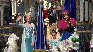 Download FROZEN Christmas Celebration LIVE PARADE TAPING with Elsa, Anna, Olaf & Kristoff - Walt Disney World Video