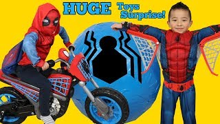 Download BIGGEST SPIDERMAN Homecoming Toys Surprise Egg Ever!! All New Spider-Man Toys Ckn Video