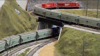 Download HO Heavy Haul - 5 Engine CP Potash Train Video