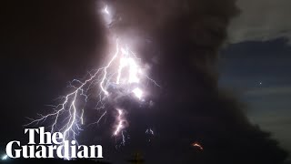 Download Taal volcano: lightning and giant plumes of smoke with 'explosive eruption' forecast Video