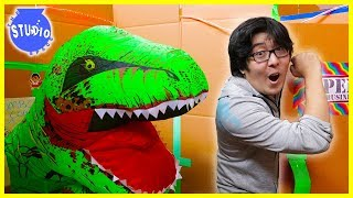Download 24 Hour Challenge in Giant Box Fort Mazes + Zombies & Giant Dinosaurs Video