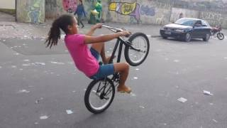 Download Familia Do Grau Silmara representando no grau de bike hahaha Video