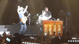 Download Dustin Lynch Facetimes Naked According To Luke Bryan Video